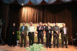 کارمندان نمونه شهرستان لاهیجان تجلیل شدند / گزارش تصویری