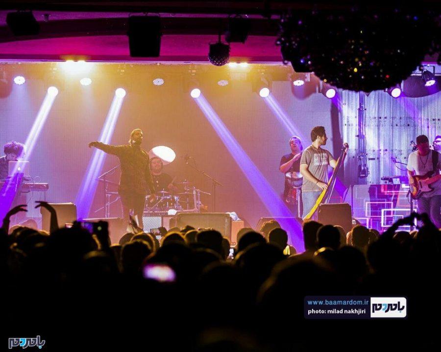 موسیقی «ماکان بند» در لاهیجان 10 - گزارش تصویری کنسرت موسیقی «ماکان بند» در لاهیجان