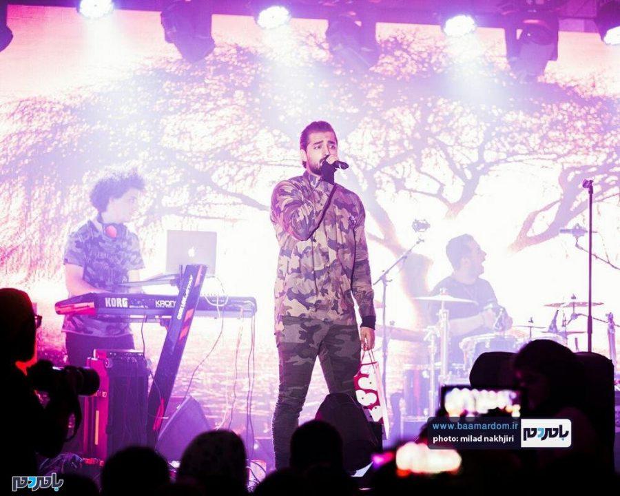 موسیقی «ماکان بند» در لاهیجان 11 - گزارش تصویری کنسرت موسیقی «ماکان بند» در لاهیجان