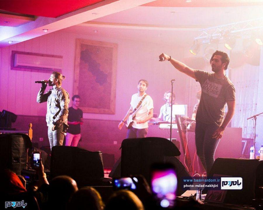 موسیقی «ماکان بند» در لاهیجان 15 - گزارش تصویری کنسرت موسیقی «ماکان بند» در لاهیجان