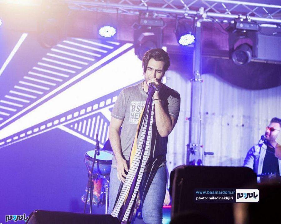 موسیقی «ماکان بند» در لاهیجان 8 - گزارش تصویری کنسرت موسیقی «ماکان بند» در لاهیجان