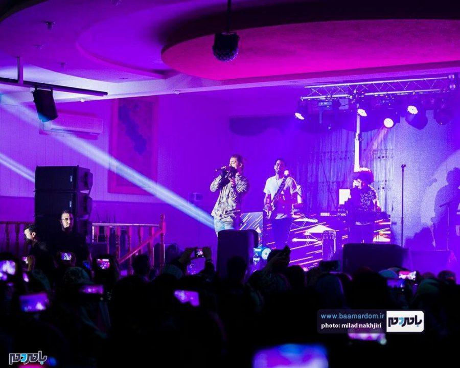 موسیقی «ماکان بند» در لاهیجان 9 - گزارش تصویری کنسرت موسیقی «ماکان بند» در لاهیجان