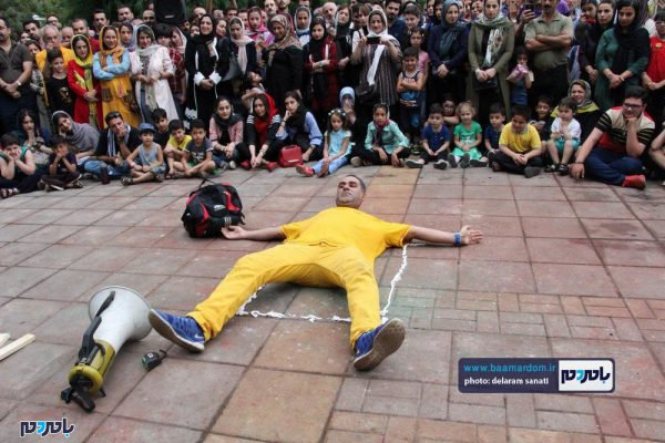 گزارش تصویری روز آخر تئاتر شهروند لاهیجان 4 600x400 - تئاتر خیابانی در 10 شهرستان گیلان برگزار میشود