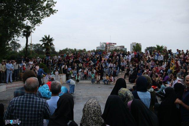 گزارش تصویری اولین روز اجرای تئاتر خیابانی شهروند لاهیجان