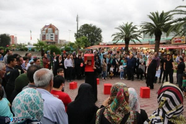 n83008370 72504239 600x400 - جشنواره تئاتر خیابانی شهروند لاهیجان یک برند ملی است