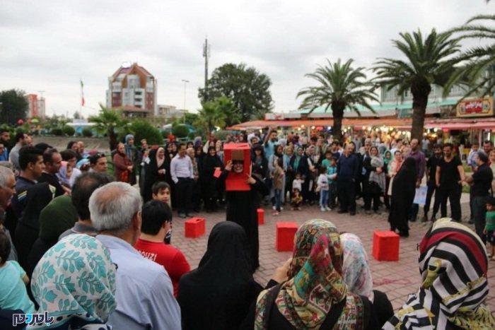 جشنواره تئاتر خیابانی شهروند لاهیجان یک برند ملی است