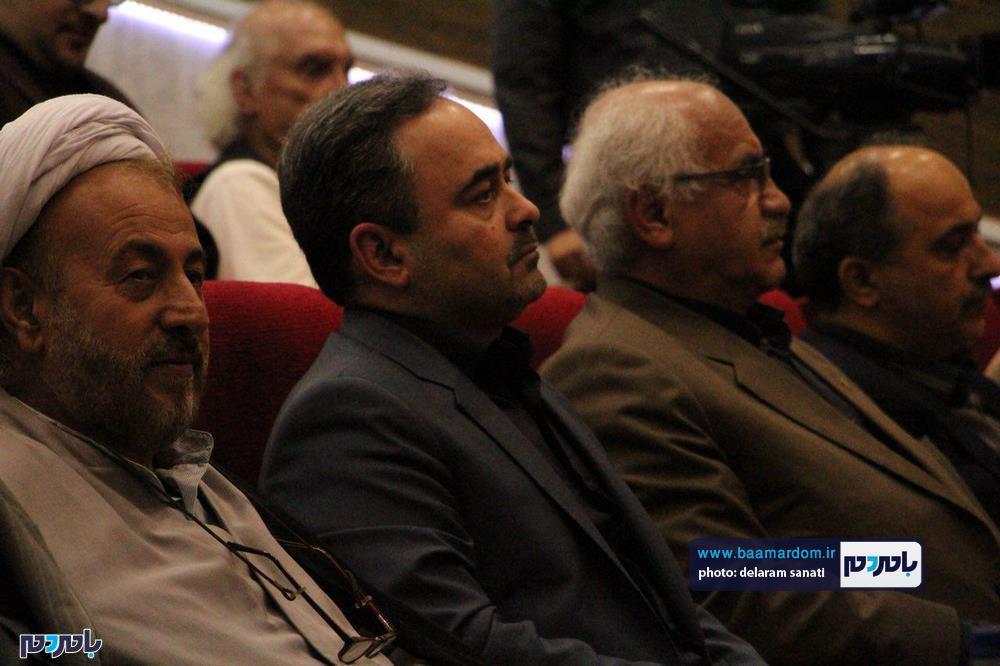 سوگواره شعر عاشورایی در لاهیجان 1 - برگزاری نخستین سوگواره شعر عاشورایی به همراه تجلیل از پیر غلامان حسینی در لاهیجان / گزارش تصویری