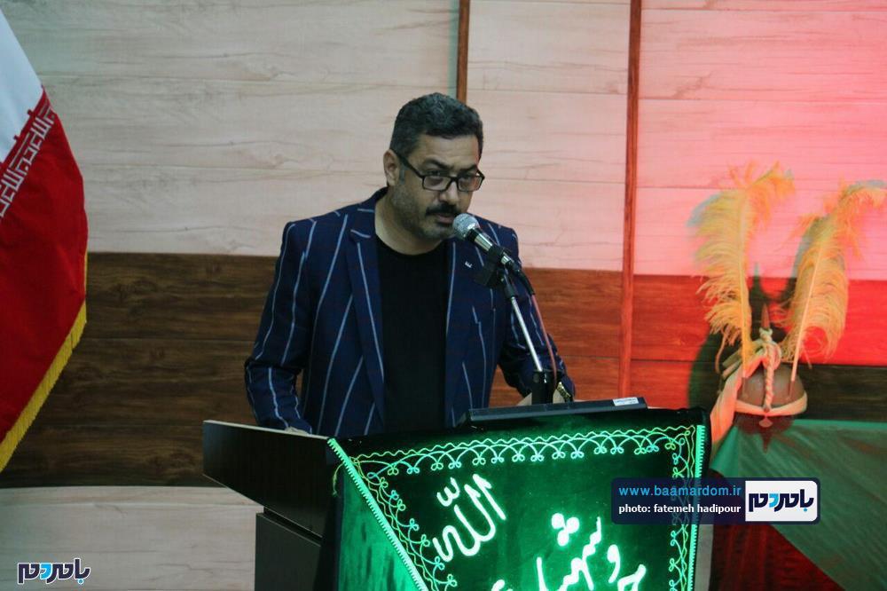 سوگواره شعر عاشورایی در لاهیجان 12 - برگزاری نخستین سوگواره شعر عاشورایی به همراه تجلیل از پیر غلامان حسینی در لاهیجان / گزارش تصویری