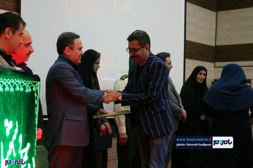 سوگواره شعر عاشورایی در لاهیجان 4 - برگزاری نخستین سوگواره شعر عاشورایی به همراه تجلیل از پیر غلامان حسینی در لاهیجان / گزارش تصویری