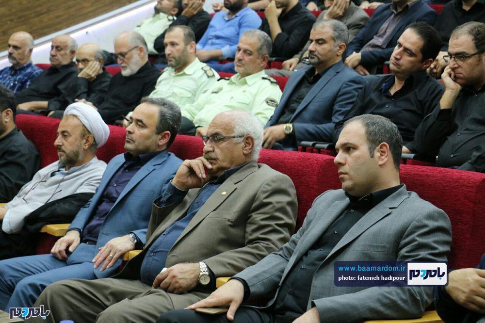 سوگواره شعر عاشورایی در لاهیجان 8 - برگزاری نخستین سوگواره شعر عاشورایی به همراه تجلیل از پیر غلامان حسینی در لاهیجان / گزارش تصویری