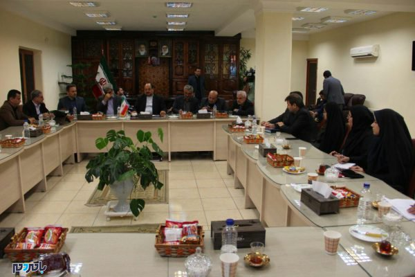 وزیر صمت در لاهیجان 10 600x400 - 80 میلیون دلار صادرات از لاهیجان به بیش از 20 کشور جهان / افزایش میانگین اقامت گردشگران در لاهیجان به یک و نیم روز