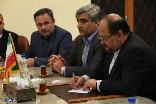 وزیر صمت در لاهیجان 7 600x400 - 80 میلیون دلار صادرات از لاهیجان به بیش از 20 کشور جهان / افزایش میانگین اقامت گردشگران در لاهیجان به یک و نیم روز