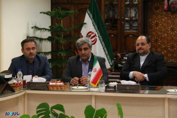 وزیر صمت در لاهیجان 8 600x400 - 80 میلیون دلار صادرات از لاهیجان به بیش از 20 کشور جهان / افزایش میانگین اقامت گردشگران در لاهیجان به یک و نیم روز