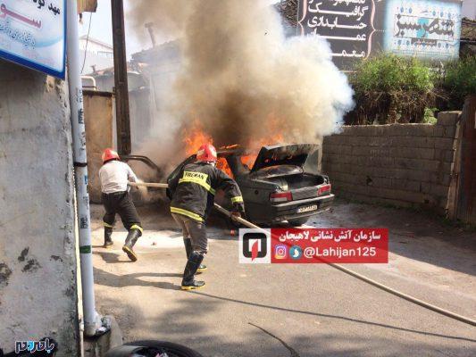 سوزی خودرو پژو آردی در لاهیجان تصاویر 3 533x400 - آتش سوزی خودرو پژو آردی در لاهیجان + تصاویر