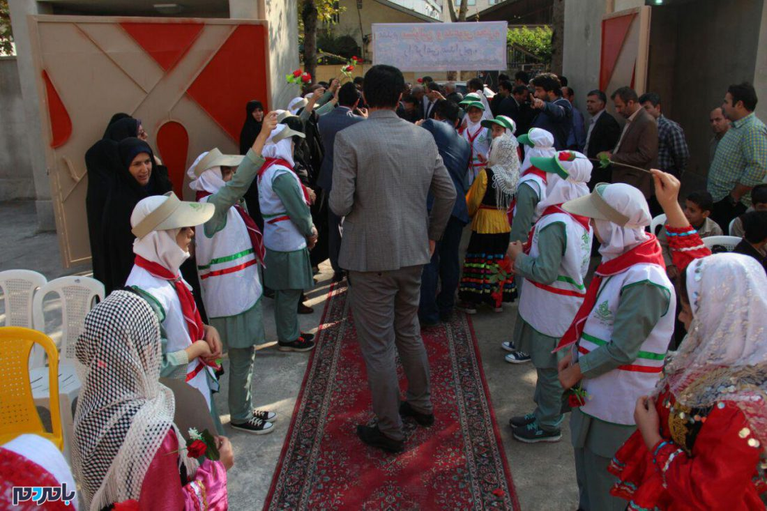 افتتاحیه مدرسه دکتر پورخصالیان در لاهیجان 10 - گزارش تصویری آیین افتتاحیه مدرسه دکتر پورخصالیان در لاهیجان