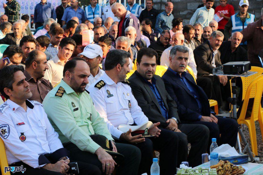 ترویج و آموزش فرهنگ ترافیک در رودبنه لاهیجان 10 - جشنواره ترویج و آموزش فرهنگ ترافیک در رودبنه لاهیجان برگزار شد / گزارش تصویری