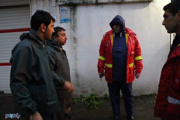 شهردار لاهیجان از همکاری مردم با ستاد بحران شهری قدردانی کرد + تصاویر
