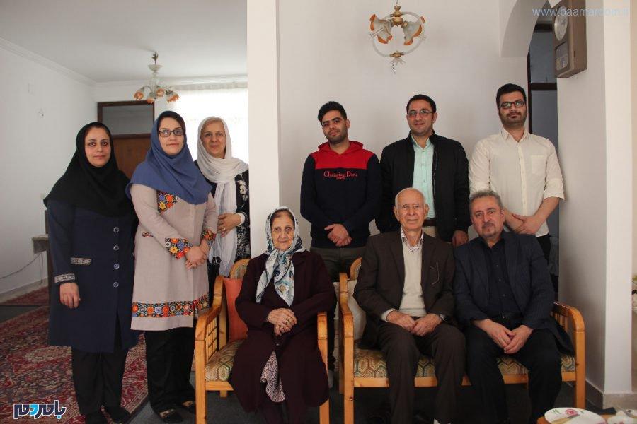 جمعی از دوستداران صنعت بامبو و فعالان عرصه رسانه با استاد غلامرضا نصیری 11 - دیدار جمعی از دوستداران صنعت بامبو و فعالان عرصه رسانه با استاد غلامرضا نصیری + تصاویر