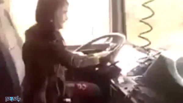 وحشتناک دختر بچه ایرانی با تریلی 18 چرخ در جاده 600x338 - رانندگی وحشتناک دختر بچه ایرانی با تریلی 18 چرخ در جاده + فیلم