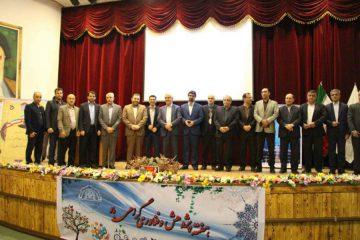 آیین تجلیل از پژوهشگران برتر شهرستان لاهیجان برگزار شد + تصاویر