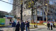 سقوط داربست مجتمع بانک سپه لاهیجان به دلیل وزش باد شدید / اقدام بهموقع و تحسینبرانگیز شهرداری لاهیجان / عدم حضور اداره برق! + تصاویر