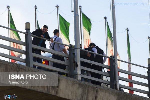 خودکشی جوان کرجی از روی پل 2 598x400 - تصاویر لحظه خودکشی جوان کرجی از روی پل