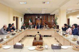 گزارش تصویری نشست جمعی از دبیران احزاب اصلاحطلب با فرماندار لاهیجان