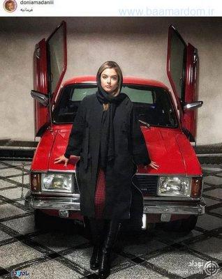 oqcfh crop c0 5 0 5 700x881 75 318x400 - پیکان گوجه ای مدرن بانوی هنرپیشه ایرانی ! + عکس