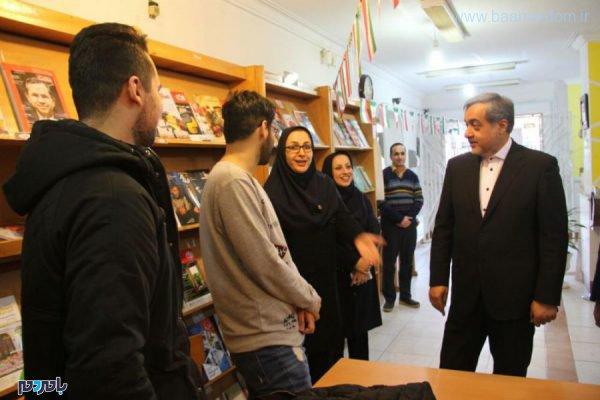 فرماندار لاهیجان در نشست کتابخوان 1 600x400 - حضور فرماندار لاهیجان در نشست کتابخوان + تصاویر