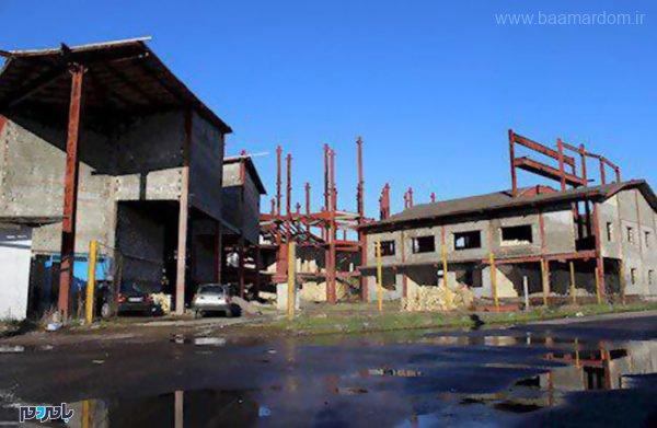 فرهنگی لاهیجان 1 600x391 - سرنوشت مبهم مجتمع فرهنگی لاهیجان/ آهنپارههایی که زوزه سگ و دود مواد مخدر را اکران میکنند