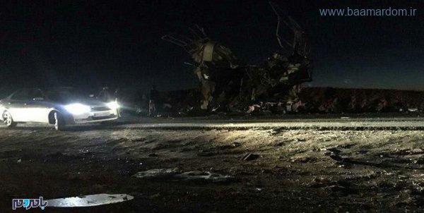 photo 2019 02 13 19 59 02 600x302 - انفجار اتوبوس پرسنل سپاه در سیستان و بلوچستان با ۴۰ شهید و مجروح