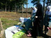 درختکاری متفاوت دانش آموزان مدرسه سبز لاهیجان با شعار «به دست خود درختی مینشانم»