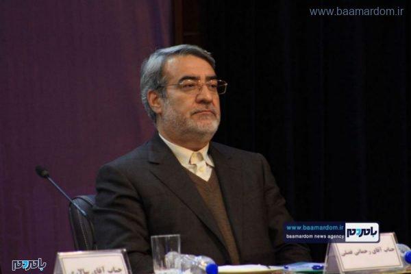 جمهور در جلسه توسعه و برگزیدگان استان گیلان 3 600x400 - عذرخواهی فایدهای ندارد، باید برخورد شود