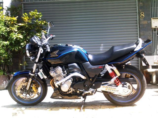 توقیف موتورسیکلت ۱۳۰۰ سیسی قاچاق در لاهیجان