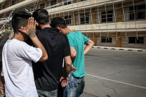 ۲۱ نفر از اراذل و اوباش در رشت 600x400 - دستگیری ۲۱ نفر از اراذل و اوباش در رشت