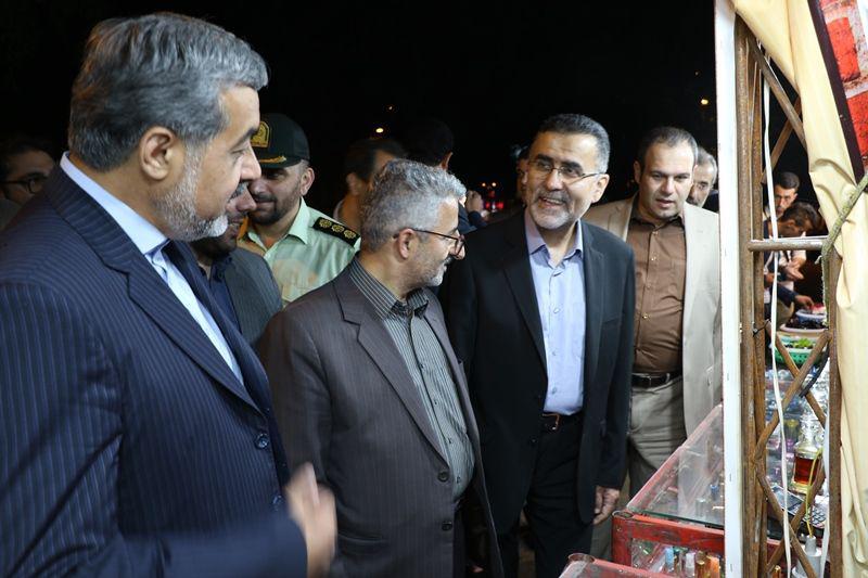 دبیر کل کمیسیون ملی یونسکو-ایران از نمایشگاه شبهای روشن لاهیجان دیدن کرد + تصاویر
