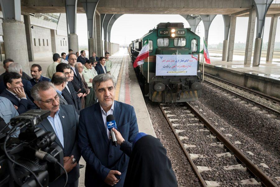 ورود اولین قطار باری به ایستگاه راه آهن رشت