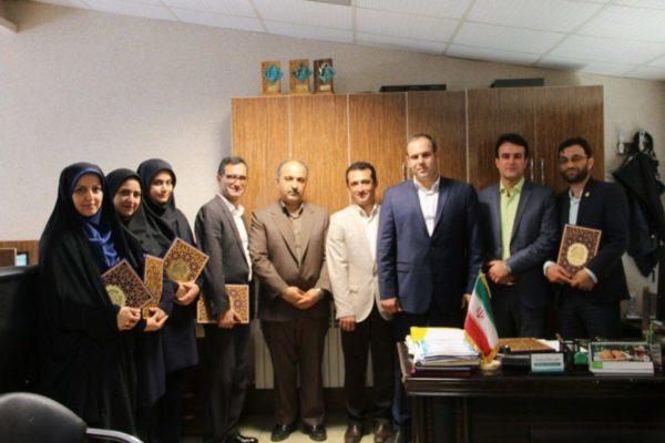 رییس و اعضای شورای شهر لاهیجان، روز روابط عمومی را تبریک گفتند 600x400 - شهردار، رییس و اعضای شورای شهر لاهیجان، روز روابط عمومی را تبریک گفتند
