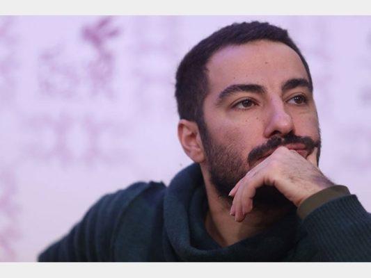 محمدزاده 533x400 - کنایه تمسخرآمیز هنرپیشه معروف استقلالی به داود رفعتی و اشتباهات داوری + عکس