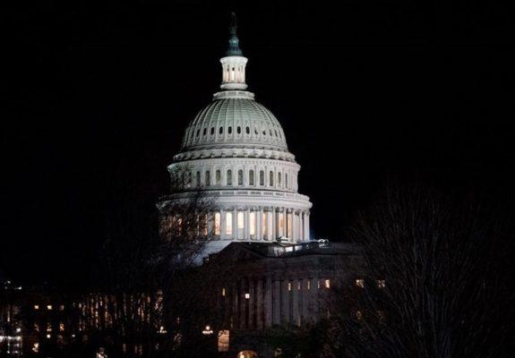 واشنگتن کاخ سفید 575x400 - مقام آمریکایی: بهزودی تحریمهای جدید علیه ایران اعمال میکنیم