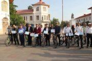 مدیران شهرداری، اعضای شورا و پلیس راهور پابه رکاب شدند| دوچرخه سواری بهارمست و علوی در رشت