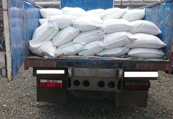 بیش از 4 تن قند و شکر قاچاق در محور انزلی 578x400 - کشف بیش از 4 تن قند و شکر قاچاق در محور انزلی