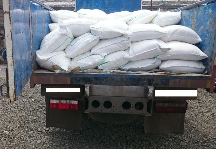 كشف ۲۵ تن شکر قاچاق در رشت