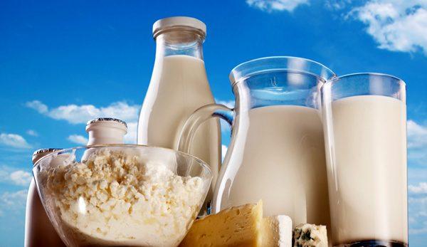شیر لبنیات 600x347 - کاهش ۱۰ درصدی قیمت شیر، پنیر و ماست از شنبه