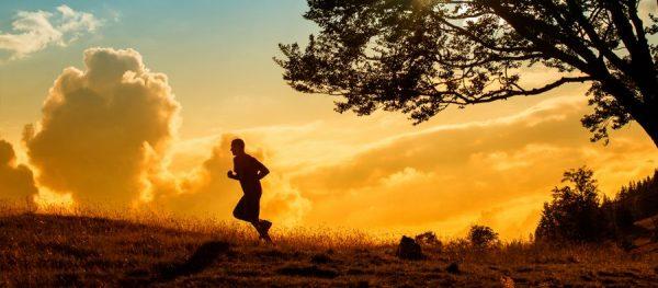 ورزش تحرک 600x263 - راهکار ساده برای اینکه مرگ دیرتر به سراغتان بیاید!