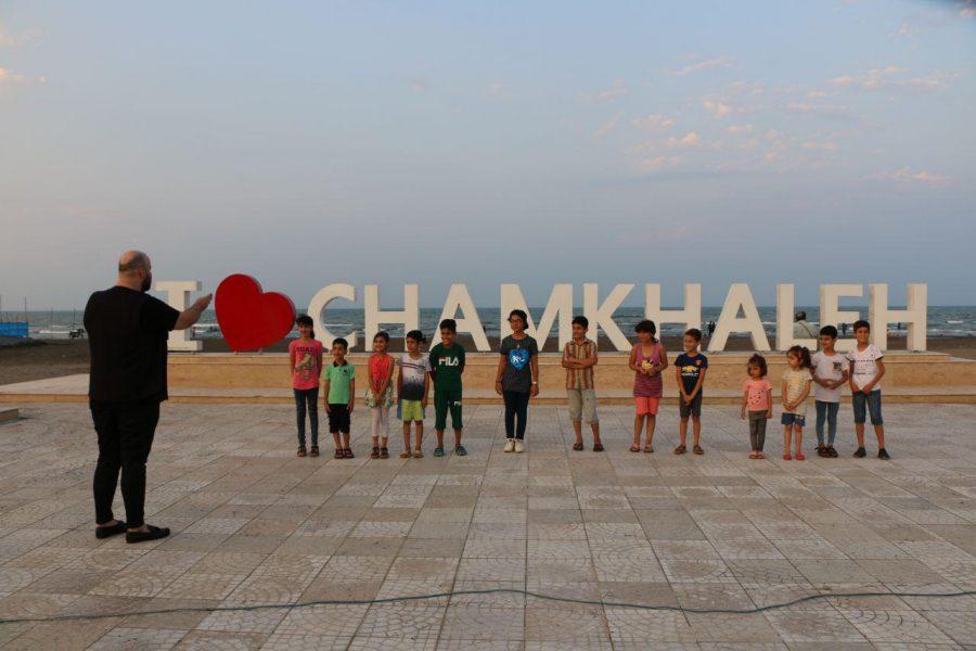 برگزاری کنسرت کمدی در ساحل چمخاله + تصاویر