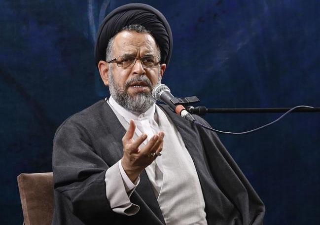 اگر ترامپ میخواهد تحریم را از ایران بردارد، ما آن را بررسی میکنیم / اگر مقام معظم رهبری اجازه را صادر کنند، مذاکره میان ایران و آمریکا انجام خواهد شد