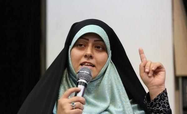 مسیح علی نژاد 600x366 - حضور خواهر مسیح علی نژاد در مراسم روز عفاف و حجاب در رشت