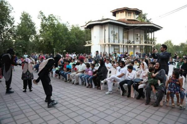 """جشنواره یک روز بازی با خانواده 1 600x400 -""""جشنواره یک روز بازی با خانواده"""" از سوی شهرداری رشت برگزار شد + تصاویر"""