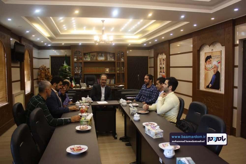 دیدار رئیس خانه مطبوعات گیلان به همراه جمعی از اصحاب رسانه استان با فرماندار لنگرود + تصاویر